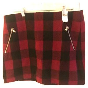 GAP Winter checkered mini skirt with front zippers